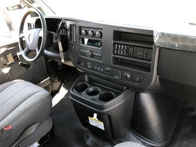 2019 Express 4500 4x2,  Morgan Parcel Aluminum Cutaway Van #KN007278 - photo 7