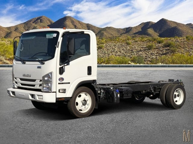 2020 NRR Regular Cab 4x2, Cab Chassis #L7303225 - photo 1