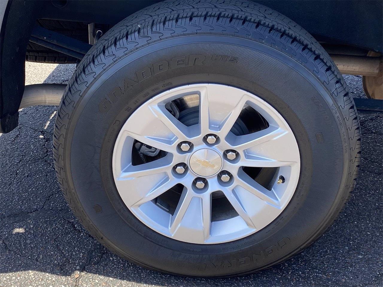 2020 Chevrolet Silverado 1500 Crew Cab 4x2, Pickup #LG343948 - photo 10
