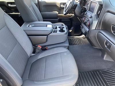 2020 Chevrolet Silverado 1500 Crew Cab 4x2, Pickup #LG343948 - photo 13