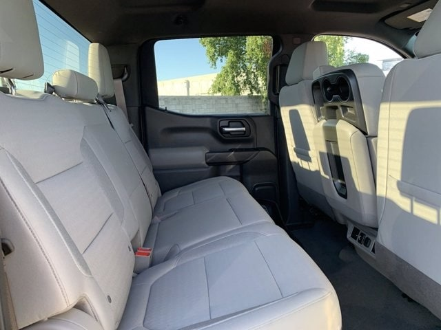 2019 Chevrolet Silverado 1500 Crew Cab 4x2, Pickup #C7933 - photo 12
