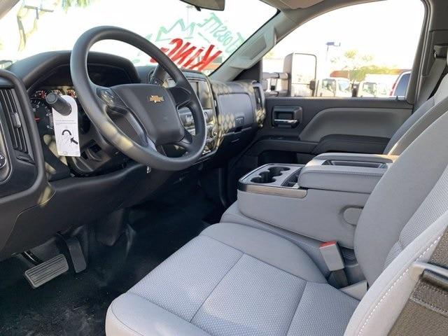2020 Chevrolet Silverado 5500 Regular Cab DRW 4x2, Royal Contractor Body #LH169828 - photo 17
