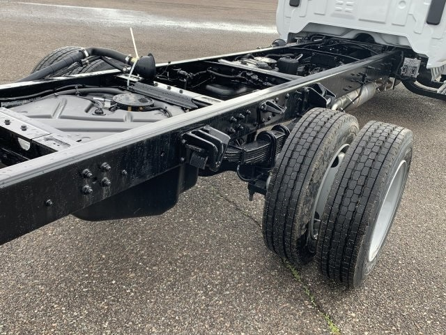 2020 Chevrolet Silverado 5500 Regular Cab DRW 4x2, Cab Chassis #LH169832 - photo 5