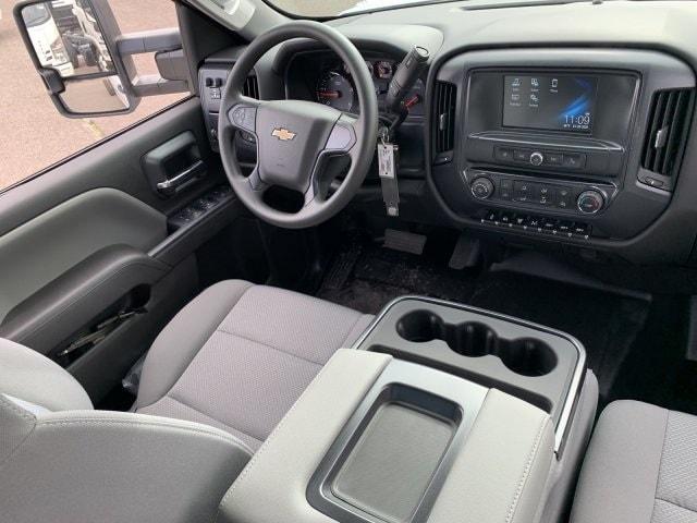 2020 Silverado 6500 Crew Cab DRW 4x2, Cab Chassis #LH169838 - photo 15