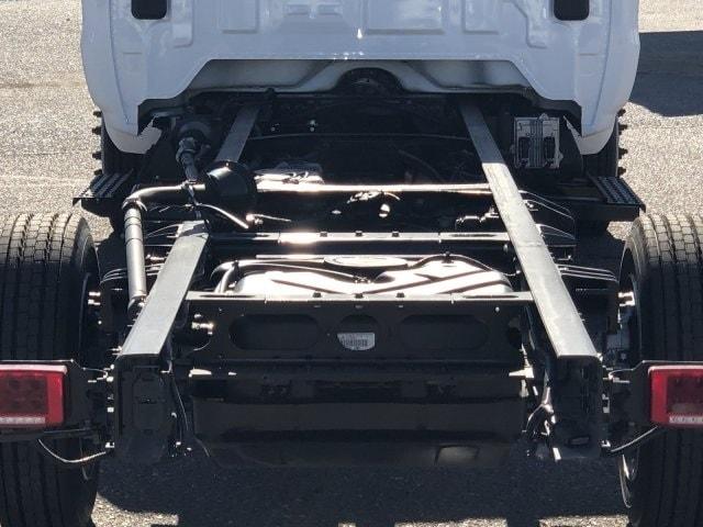 2020 Chevrolet Silverado 5500 Regular Cab DRW 4x2, Royal Contractor Body #LH176080 - photo 7