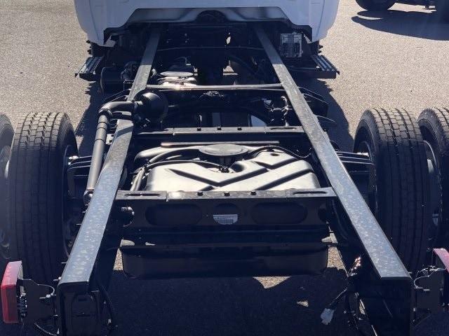 2020 Silverado 5500 Regular Cab DRW 4x2, Cab Chassis #LH266855 - photo 5