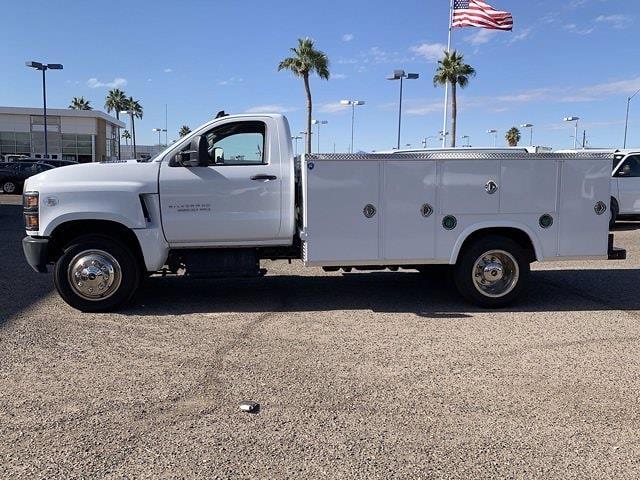 2020 Chevrolet Silverado 5500 Regular Cab DRW 4x2, Royal Truck Body Service Body #LH282726 - photo 7