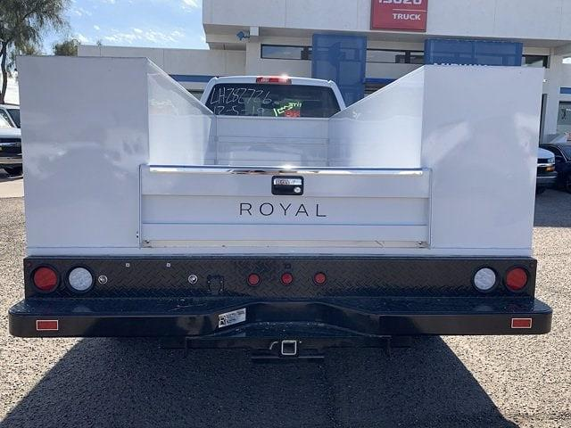 2020 Chevrolet Silverado 5500 Regular Cab DRW 4x2, Royal Truck Body Service Body #LH282726 - photo 19