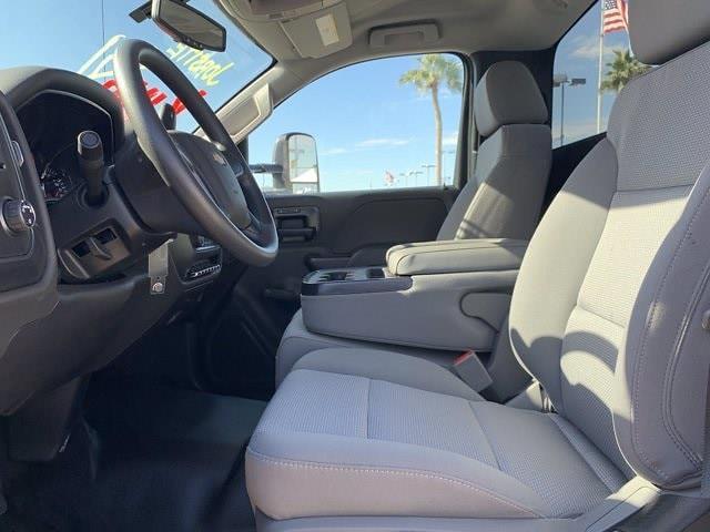 2020 Chevrolet Silverado 5500 Regular Cab DRW 4x2, Royal Truck Body Service Body #LH282726 - photo 22