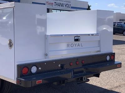 2020 Chevrolet Silverado 5500 Regular Cab DRW 4x2, Royal Truck Body Service Body #LH282726 - photo 5