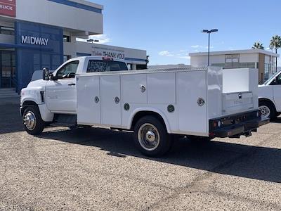 2020 Chevrolet Silverado 5500 Regular Cab DRW 4x2, Royal Truck Body Service Body #LH282726 - photo 2