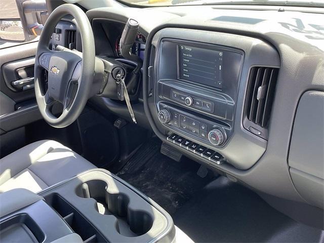 2020 Chevrolet Silverado 6500 Regular Cab DRW 4x4, Cab Chassis #LH356900 - photo 13