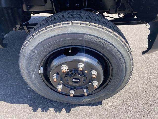 2020 Chevrolet Silverado 4500 Regular Cab DRW 4x4, Cab Chassis #LH587426 - photo 8
