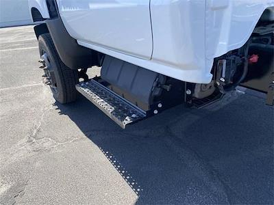 2020 Chevrolet Silverado 4500 Regular Cab DRW 4x4, Cab Chassis #LH587426 - photo 16