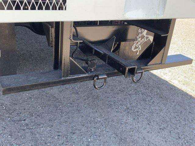 2020 Isuzu FTR Regular Cab 4x2, Drake Equipment Chipper Body #LSG50486 - photo 9