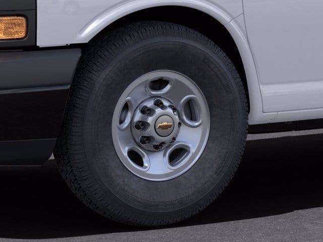 2021 Chevrolet Express 3500 4x2, Empty Cargo Van #M1172328 - photo 7