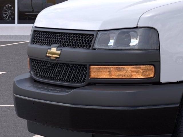 2021 Chevrolet Express 3500 4x2, Empty Cargo Van #M1172328 - photo 11