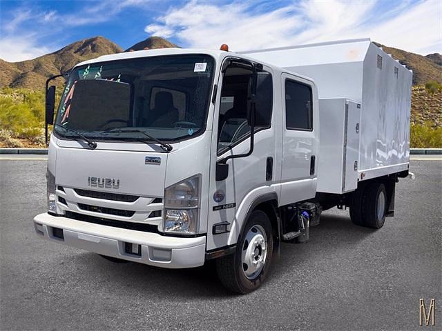 2021 Isuzu NRR 4x2, Sun Country Truck Chipper Body #M7302993 - photo 1