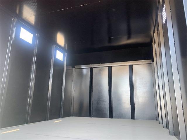 2021 Isuzu NRR 4x2, Sun Country Truck Chipper Body #M7302993 - photo 19