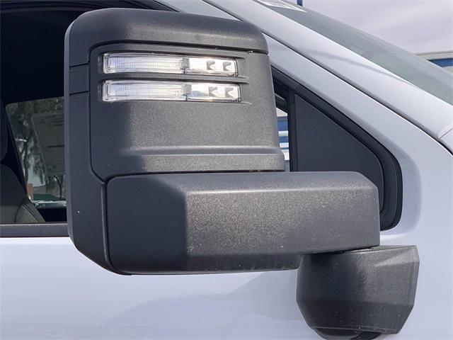 2021 Chevrolet Silverado 3500 Crew Cab 4x4, Knapheide PGNB Gooseneck Platform Body #MF203522 - photo 10