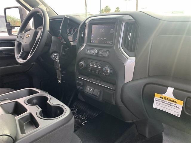 2021 Chevrolet Silverado 3500 Crew Cab 4x4, Knapheide PGNB Gooseneck Platform Body #MF203522 - photo 13