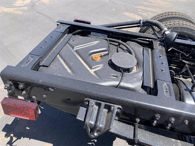2021 Chevrolet Silverado 5500 Regular Cab DRW 4x2, Cab Chassis #MH369509 - photo 18