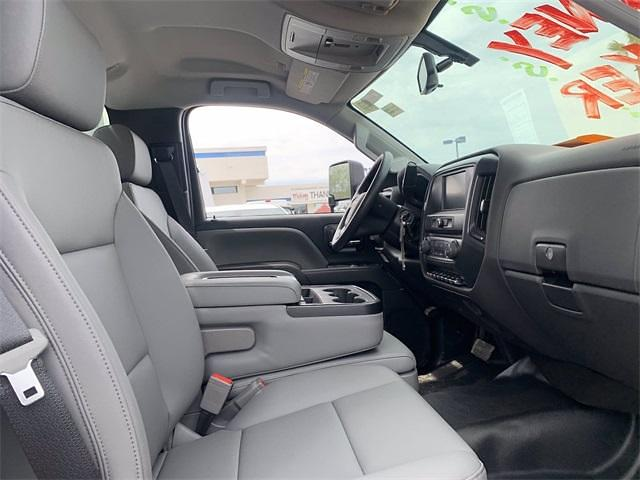 2021 Chevrolet Silverado 4500 Regular Cab DRW 4x2, Freedom Contractor Body #MH597173 - photo 11