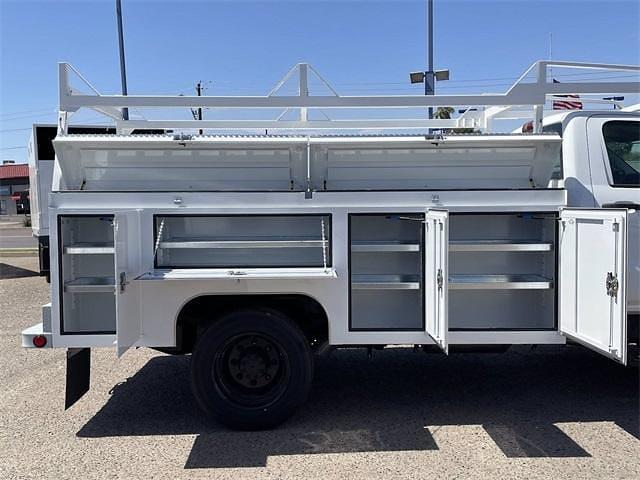 2021 Chevrolet Silverado 5500 Regular Cab DRW 4x2, Scelzi Signature Service Body #MH614328 - photo 12