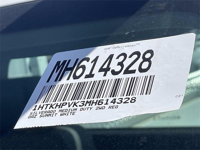 2021 Chevrolet Silverado 5500 Regular Cab DRW 4x2, Scelzi Signature Service Body #MH614328 - photo 25