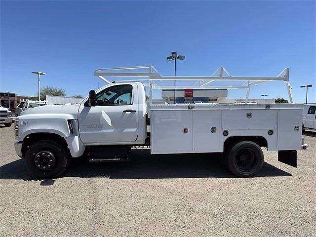 2021 Chevrolet Silverado 5500 Regular Cab DRW 4x2, Scelzi Signature Service Body #MH614328 - photo 4