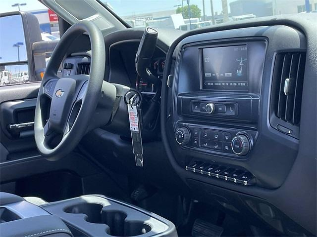 2021 Chevrolet Silverado 5500 Regular Cab DRW 4x4, Cab Chassis #MH626934 - photo 13