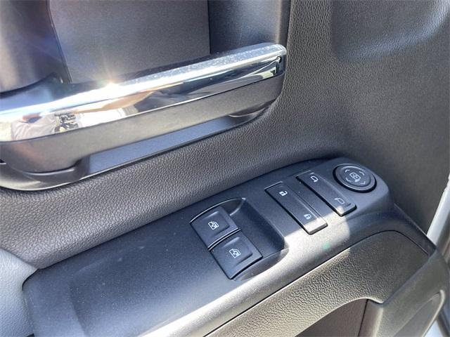 2021 Chevrolet Silverado 5500 Regular Cab DRW 4x4, Cab Chassis #MH626934 - photo 18