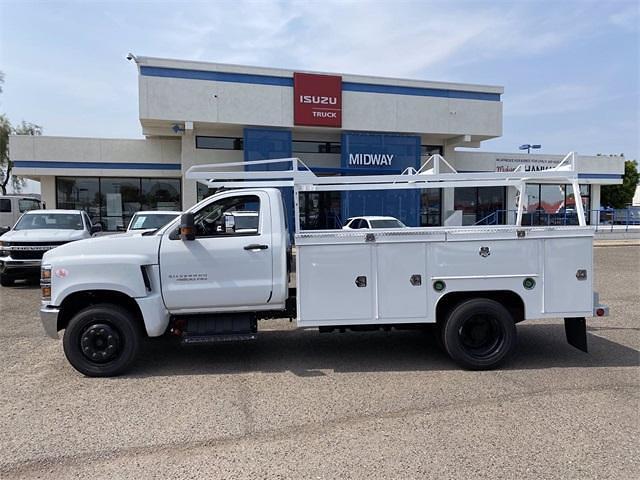 2021 Chevrolet Silverado 4500 Regular Cab DRW 4x2, Scelzi Signature Service Body #MH630924 - photo 3