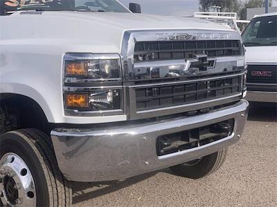 2021 Chevrolet Silverado 4500 Regular Cab DRW 4x4, CM Truck Beds PL Model Stake Bed #MH648838 - photo 6