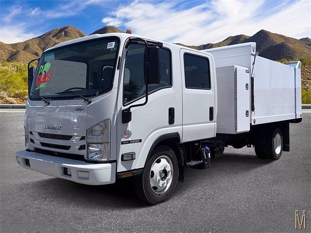 2022 Isuzu NQR Crew Cab 4x2, Sun Country Truck Landscape Dump #N7900085 - photo 1