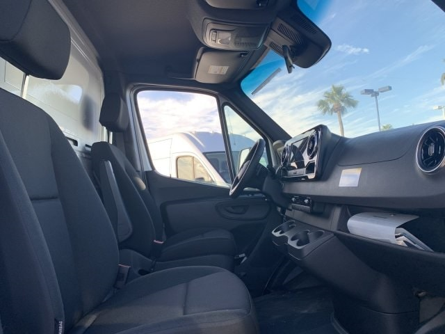 2019 Sprinter 4500 High Roof 4x2, Dry Freight #P19938 - photo 10