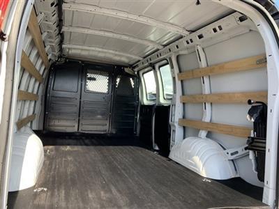 2018 Savana 2500 4x2, Empty Cargo Van #P19969 - photo 2