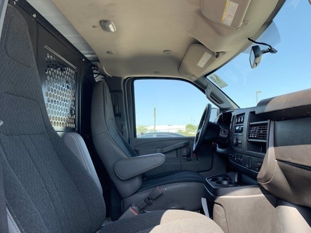 2019 GMC Savana 2500 RWD, Empty Cargo Van #P20325 - photo 6