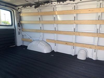 2018 GMC Savana 2500 4x2, Empty Cargo Van #P20790 - photo 7