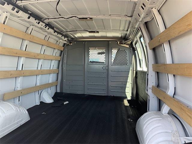 2018 GMC Savana 2500 4x2, Empty Cargo Van #P20808 - photo 1