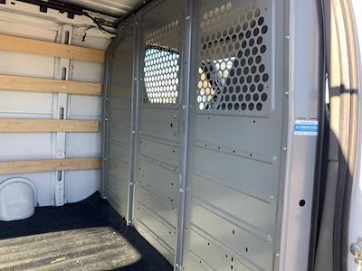 2018 GMC Savana 2500 4x2, Empty Cargo Van #P20809 - photo 5