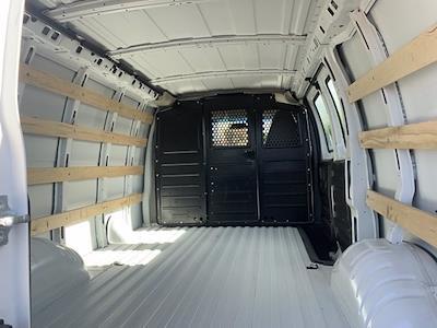 2020 GMC Savana 2500 4x2, Empty Cargo Van #P20846 - photo 2