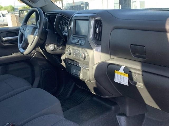 2020 Chevrolet Silverado 1500 Regular Cab 4x2, Pickup #P20923 - photo 7