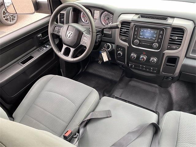 2018 Ram 3500 Crew Cab 4x4, Pickup #P20930 - photo 16