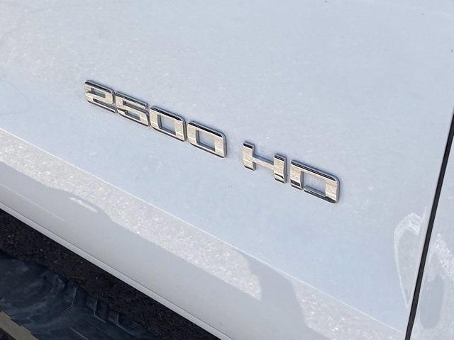 2019 Chevrolet Silverado 2500 Double Cab 4x2, Pickup #P20932 - photo 4