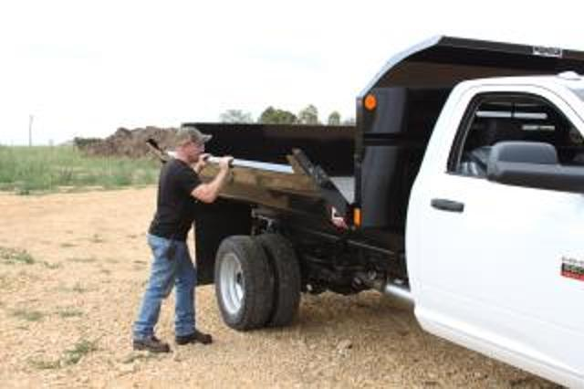 2015 Silverado 3500 Regular Cab 4x4, Monroe Dump Body #FF654814 - photo 5