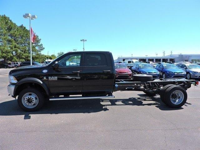 2017 Ram 5500 Crew Cab DRW, Cab Chassis #670250 - photo 5