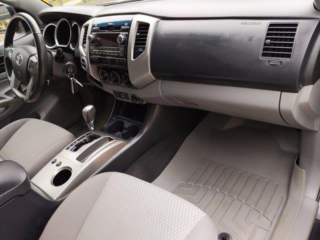 2012 Toyota Tacoma Double Cab 4x4, Pickup #CM102520 - photo 20