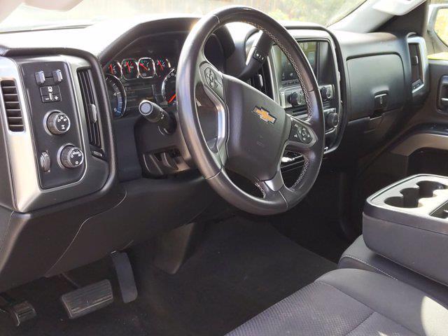 2016 Chevrolet Silverado 2500 Crew Cab 4x4, Pickup #GF231855 - photo 10
