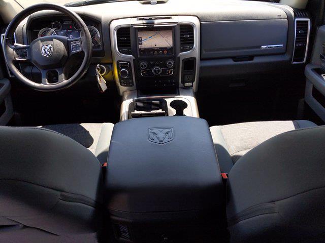 2016 Ram 1500 Crew Cab 4x4, Pickup #GS407499 - photo 17